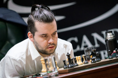 Ian Nepomniachtchi Takes the Lead in FIDE Candidates Tournament