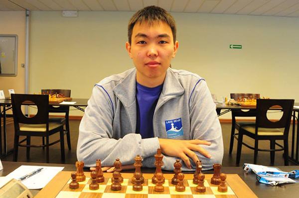 Санан Сюгиров выиграл Кубок Югры по быстрым шахматам