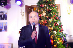 Andrey Filatov Wishes Happy New Year to Chess Players